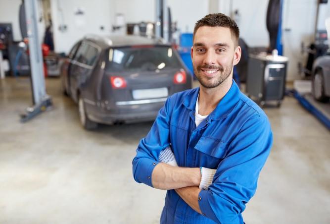 Motor Vehicle Gearbox, Clutch & Diff Repair (6140)