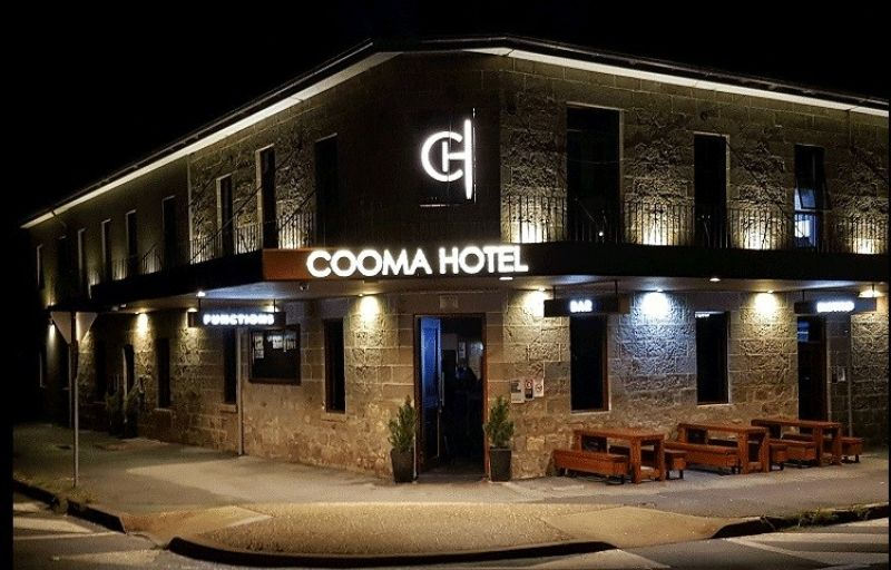 COOMA HOTEL SELLING LEASEHOLD (23 YEAR LEASE)