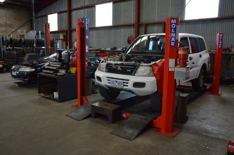 Auto salvage, spare parts business for sale. plus Mechanical shop.