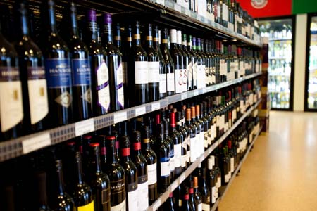 BOTTLE SHOP, TAKING $20,000 PW, SOUTH EASTERN SUBURBS, PRICE $349,888, REF 6417