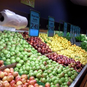 FRUIT SHOP, TAKING $25,000 PW, ESSENDON AREA, PRICED AT $249,000, REF 6467