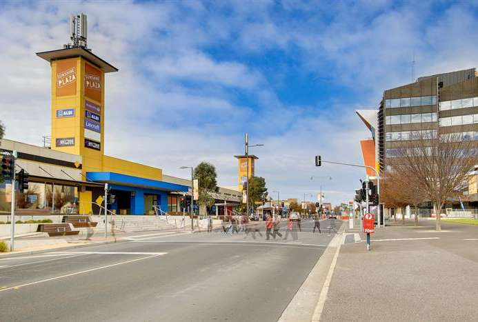 degani-sunshine-plaza-shopping-centre-1