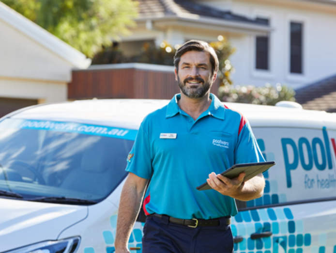 existing-mobile-pool-servicing-franchise-poolwerx-bathurst-nsw-1