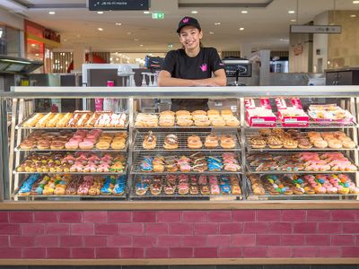 be-your-own-boss-with-a-donut-king-join-an-established-franchise-business-3