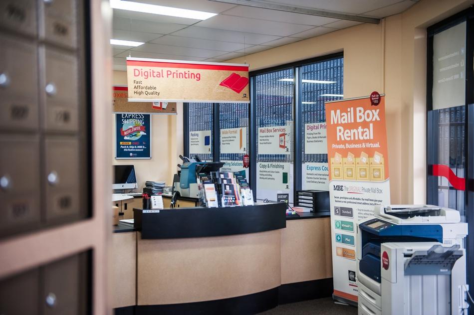 packing-shipping-postal-printing-franchise-mail-boxes-etc-3