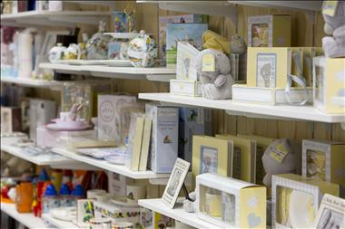 wild-cards-gifts-morley-galleria-shopping-centre-perth-wa-3