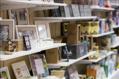 wild-cards-gifts-morley-galleria-shopping-centre-perth-wa-8