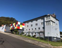 Tasmanian F/hold 26 ensuite room Hotel Motel Function Centre Water Views  by EOI