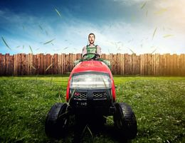 Large acreage and commercial lawn mowing business