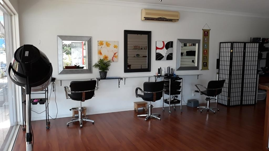 Hairdresser  Brisbane - Spacious fit-out on large corner site Northern beach sid