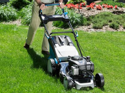 large-acreage-and-commercial-lawn-mowing-business-1