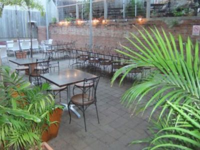 townsville-restaurant-and-lounge-bar-business-for-sale-rf-3519-1