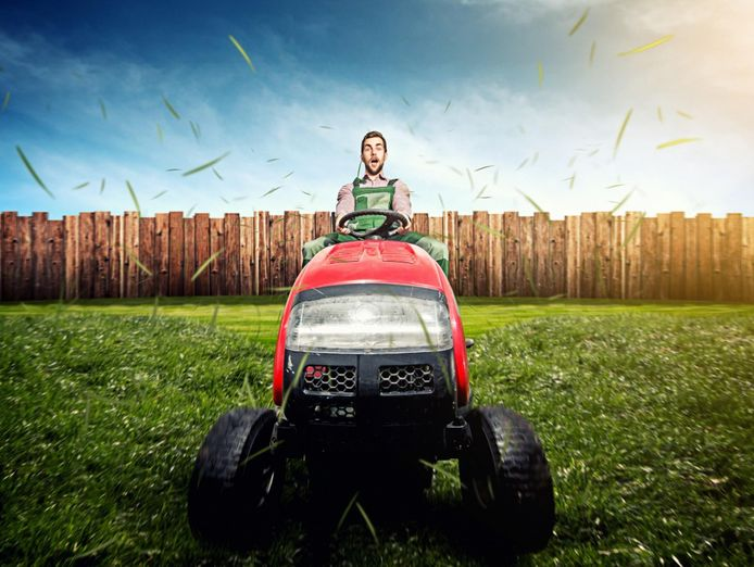 large-acreage-and-commercial-lawn-mowing-business-0