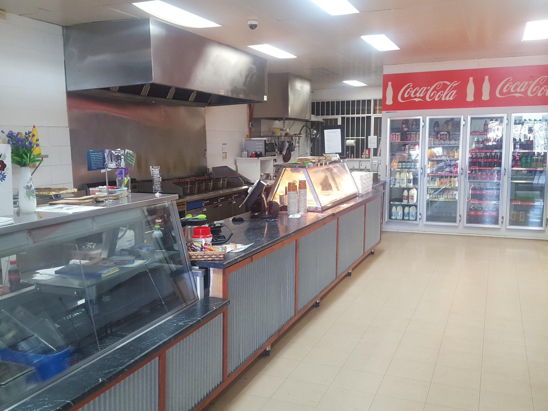 Busy Milkbar/Takeaway shop in tourist hot-spot