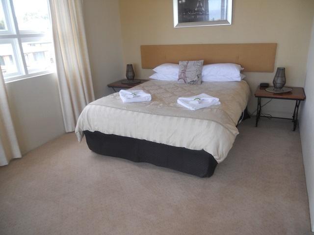 tasmanian-leasehold-26-ensuite-room-hotel-motel-function-centre-water-views-25-2
