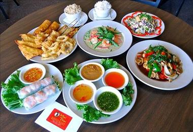 Thai Restaurant Takeaway a busy waterfront location on the FraserCoast BM