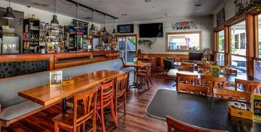 Popular Bar - Mornington Peninsula