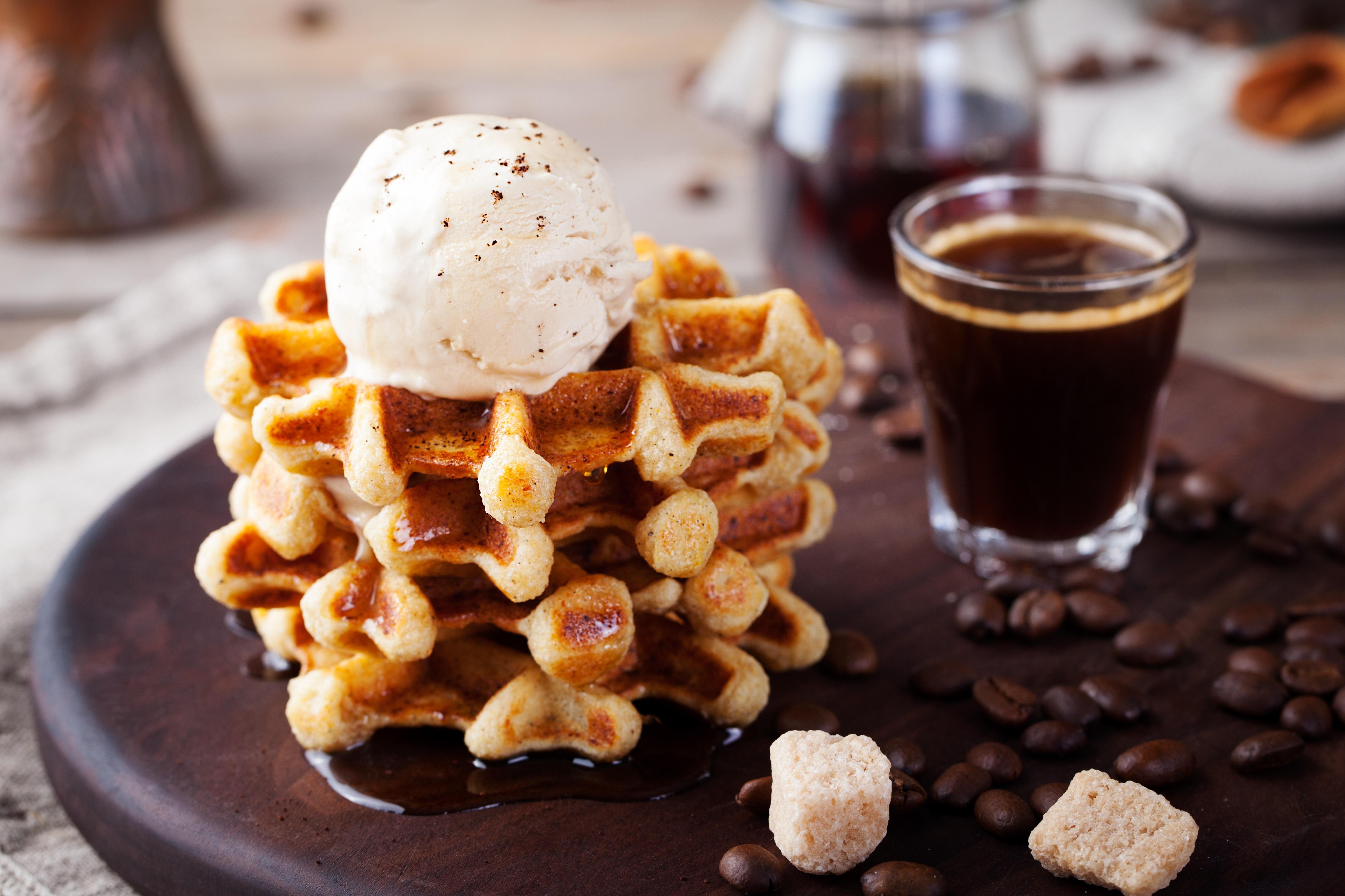Cafe Dessert Bar