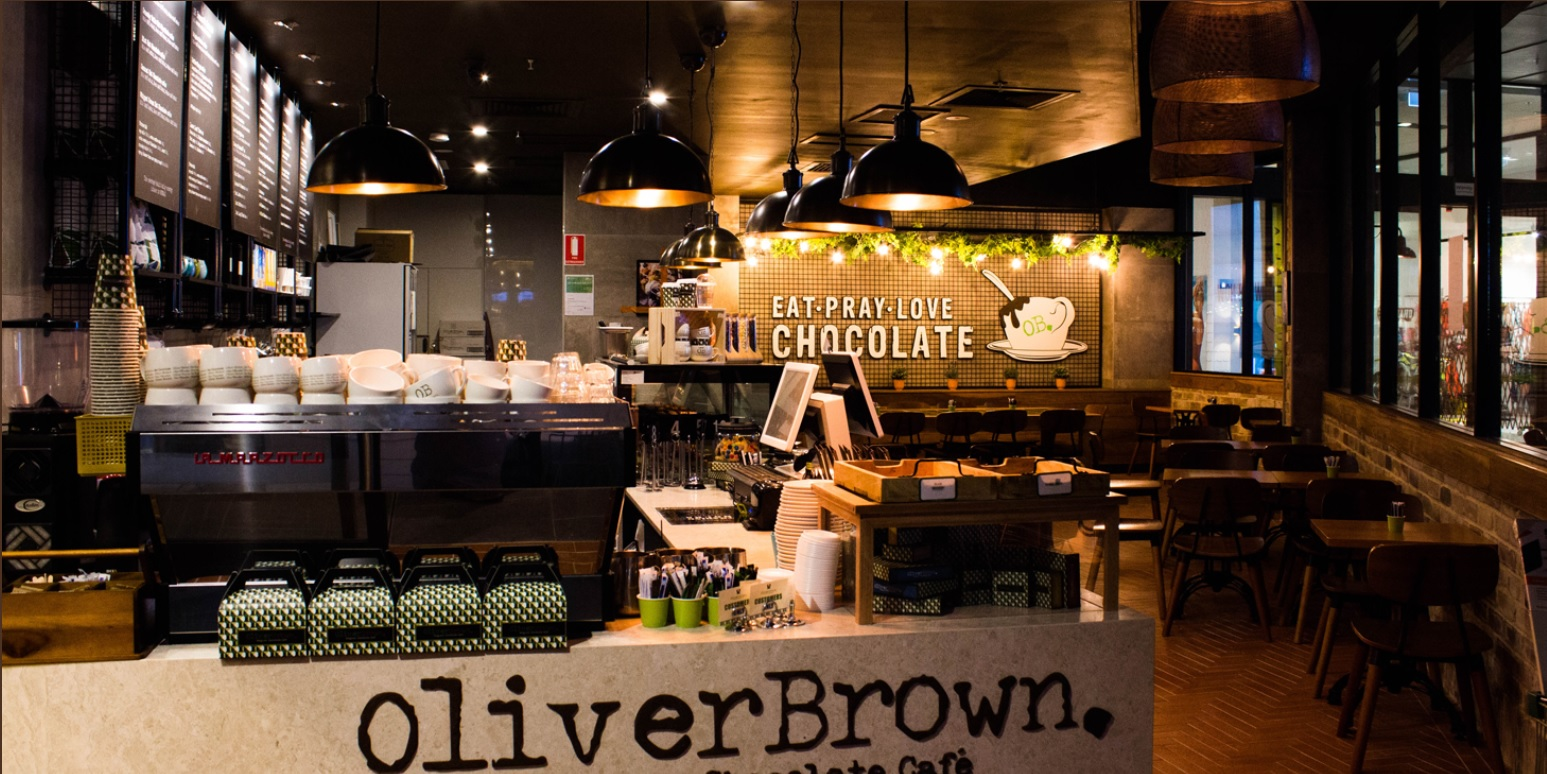 OLIVER BROWN IN STOCKLAND SHOPPING CENTRE