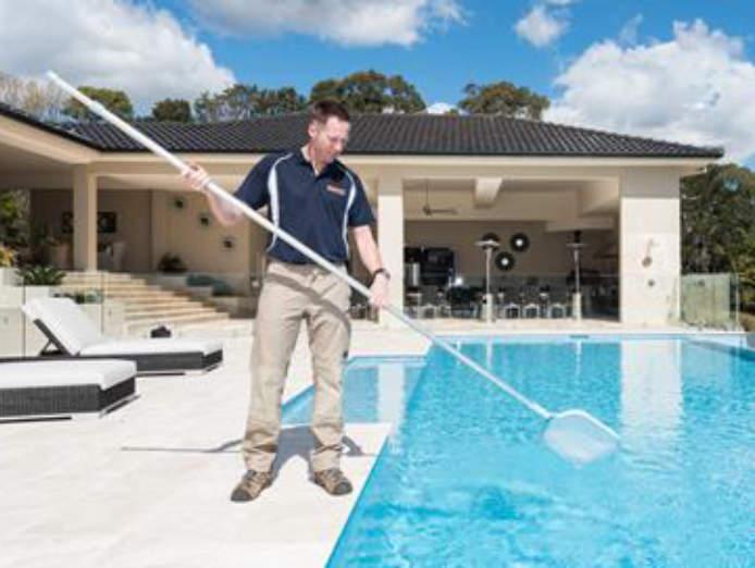 swimart-the-pool-spa-specialists-molbile-service-waikato-new-zealand-3