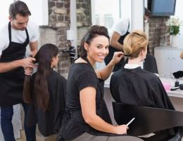 Famous Bayside Hairdresser for sale and be their own BOSS!