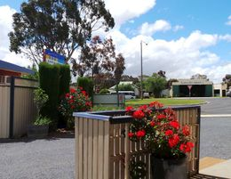 Kaniva Motel For Sale!