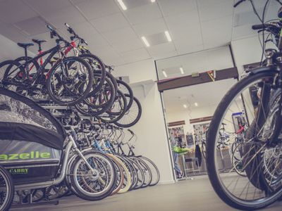 long-established-high-performing-bicycle-parts-and-accessories-retail-store-1