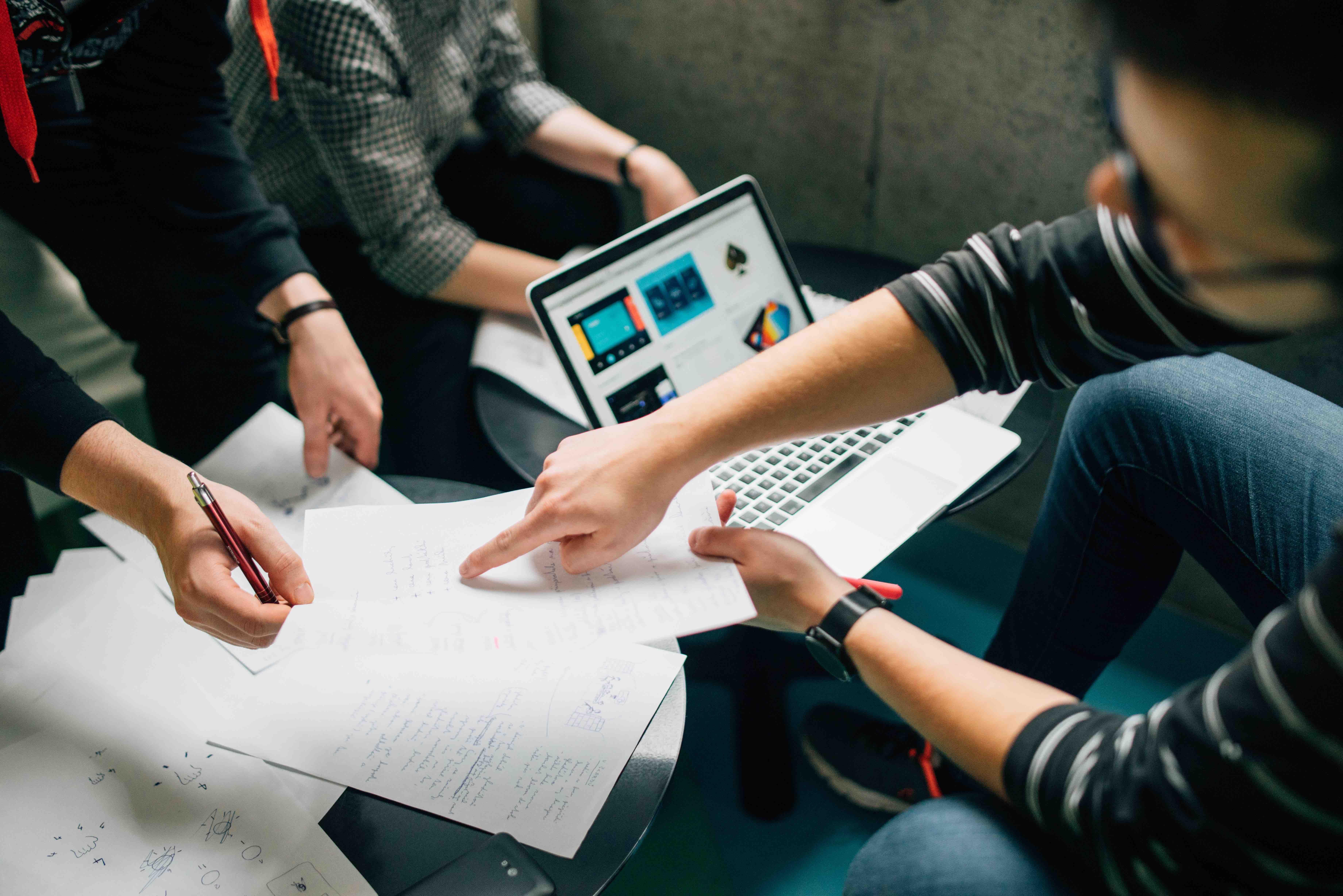 it-training-solutions-business-returning-200k-per-annum-0