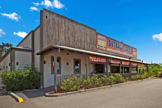 iconic-franchise-restaurant-full-training-provided-glendale-4