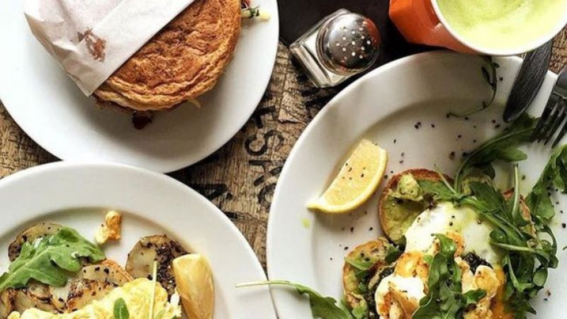 Superb Opportunity Cafe Bar in the South with Excellent Position Plus $ 25k PW T
