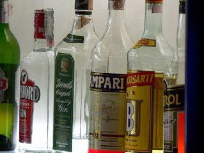Under Management Liquor Store and Craft Bar, Inner Melbourne Short Hours High Pr