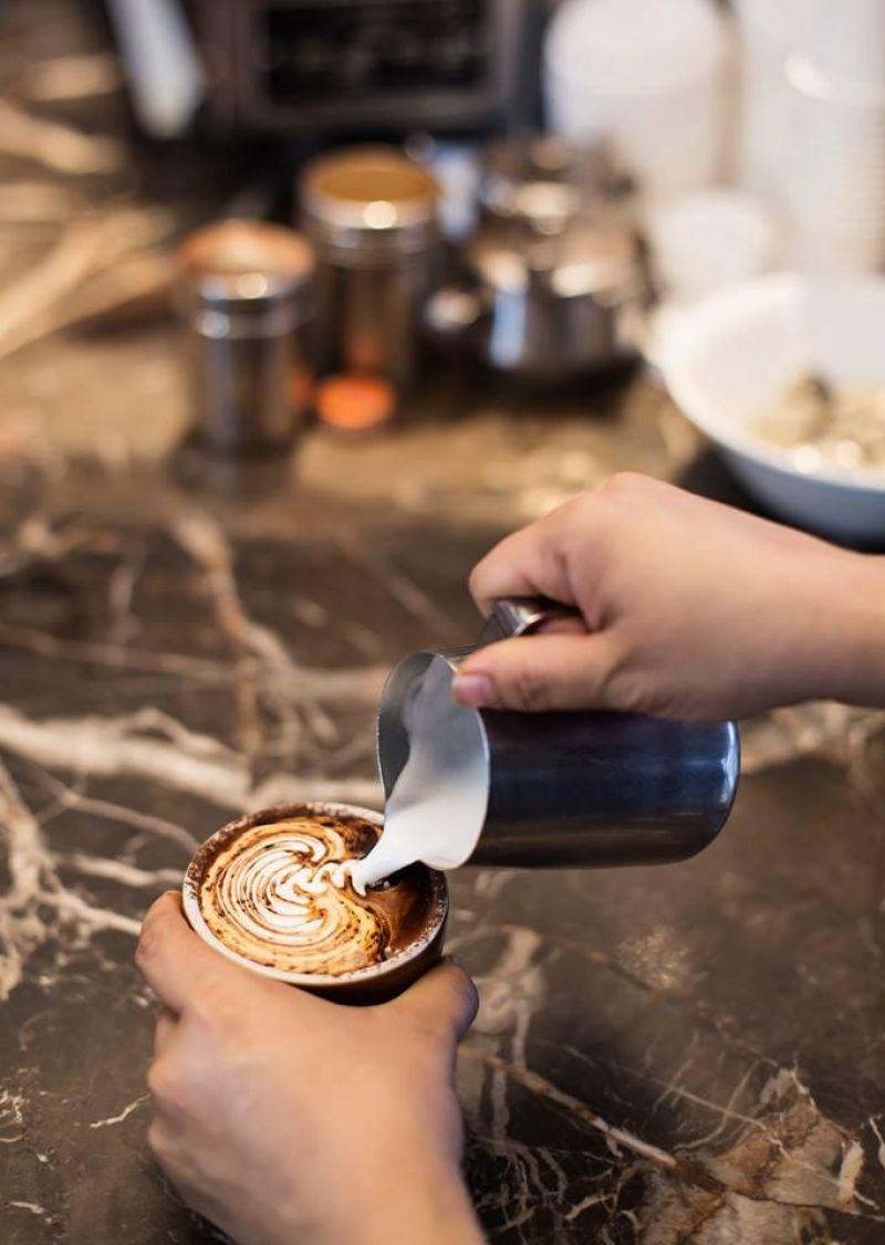 Under Full Management Eastern suburb Cafe for sale Superb location  Absolute Gem