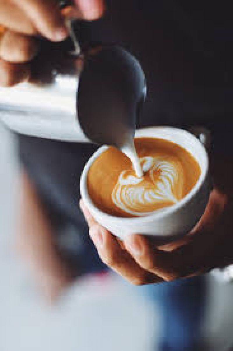 Under Management. Hole in the wall*Sydney CBD 5 days Espresso Bar **Easy Menu**