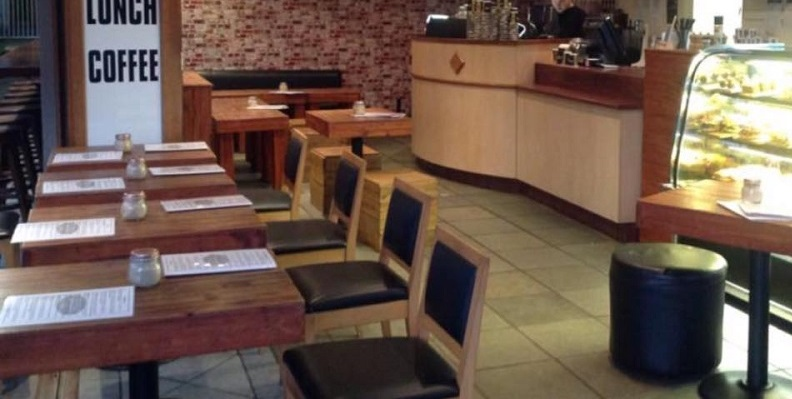 Cafe- Coffee Shop- Takeaway/ Restaurant For Sale - Long Established