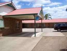 MOTEL LEASEHOLD FOR SALE - GREAT STARTER - STRONG NORTH-WEST RURAL TOWN