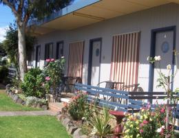 MOTEL FOR SALE -  STRONG RURAL TOWN - PRICE REDUCED - OWNER WANTS TO RETIRE