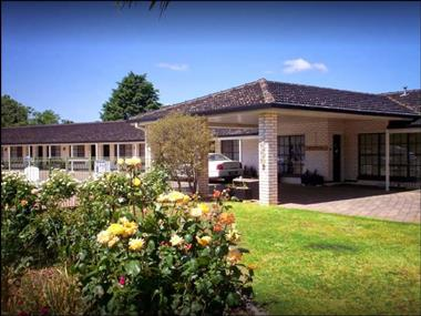 MOTEL FOR SALE- STRONG RIVERINA CENTRE