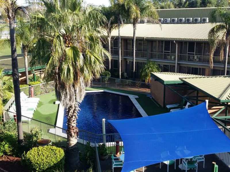 MOTEL FOR SALE-  BUSY HUNTER VALLEY CENTRE