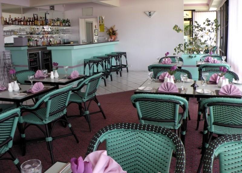 motel-for-sale-popular-mid-coast-holiday-destination-2