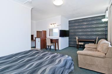 LEASEHOLD MOTEL FOR SALE BUSY NORTH COAST CITY