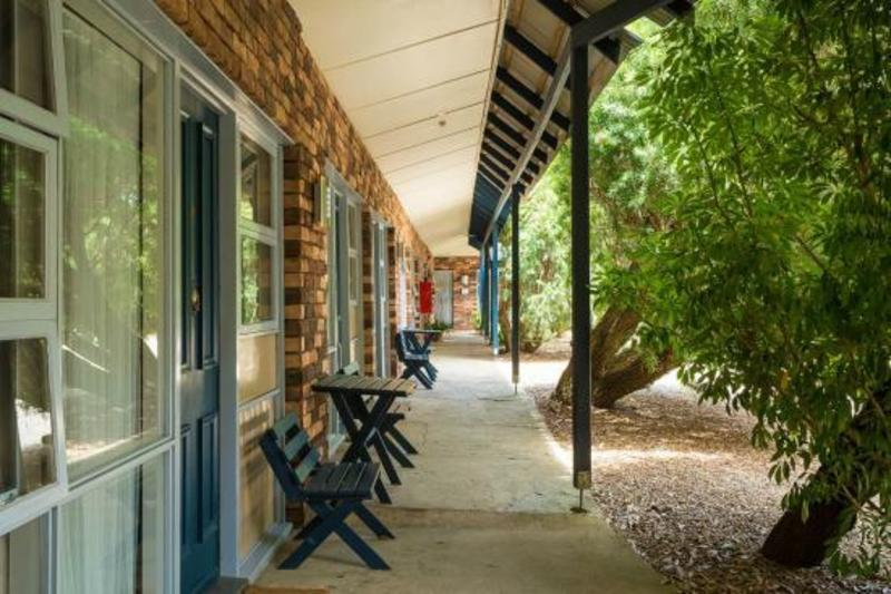 MOTEL FOR SALE - FANTASTIC OPPORTUNITY - SUPERB SOUTH COAST LOCATION