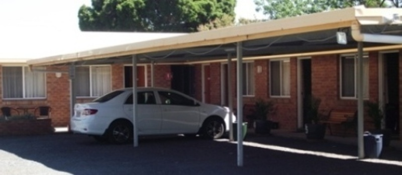 MOTEL FOR SALE - PROMINENT NEWELL HWY LOCATION