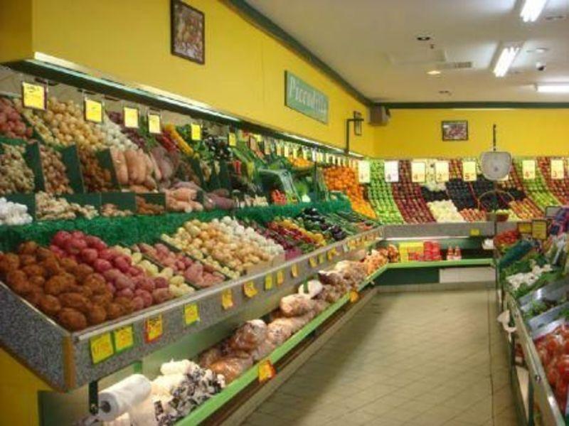 FRUIT & VEG -- DANDENONG RANGE -- #4351536