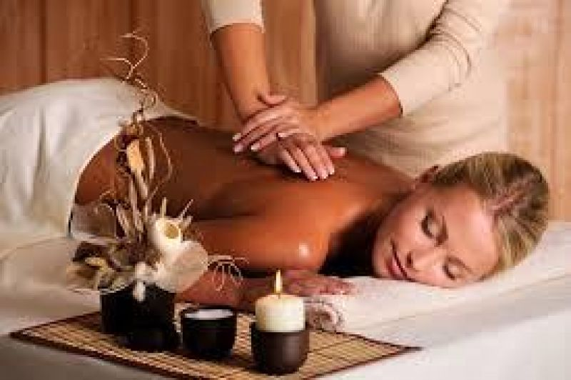 MASSAGE -- GLEN HUNTLY -- #3924495