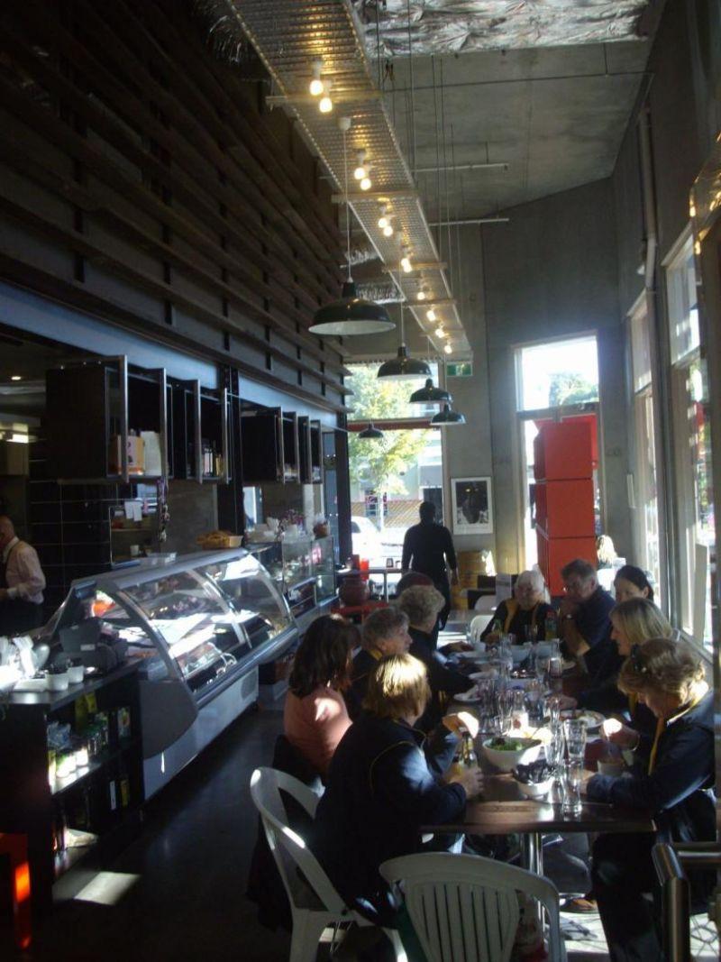 CAFE & BAR -- DIAMOND CREEK -- #3924506
