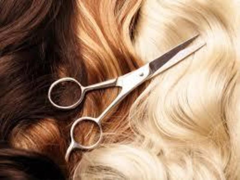 HAIR SALON & BEAUTY SALON -- HEIDELBERG -- #4261482