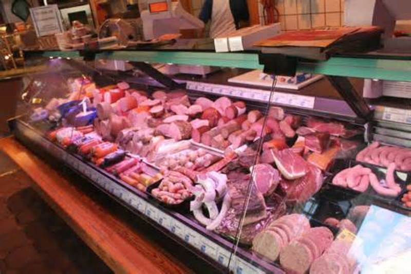 BUTCHER/POULTRY -- SOUTH EASTERN SUBURB -- #4162099