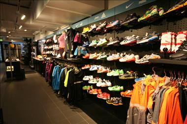 SPORTS SHOE SHOP SPECIALIST - NORTHERN BEACHES