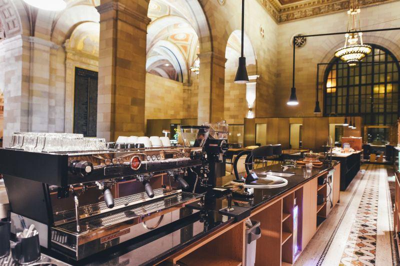Lobby Style Cafe in busy Sydney CBD precinct, 85kg Coffee/Chocolate pw, 5 days t