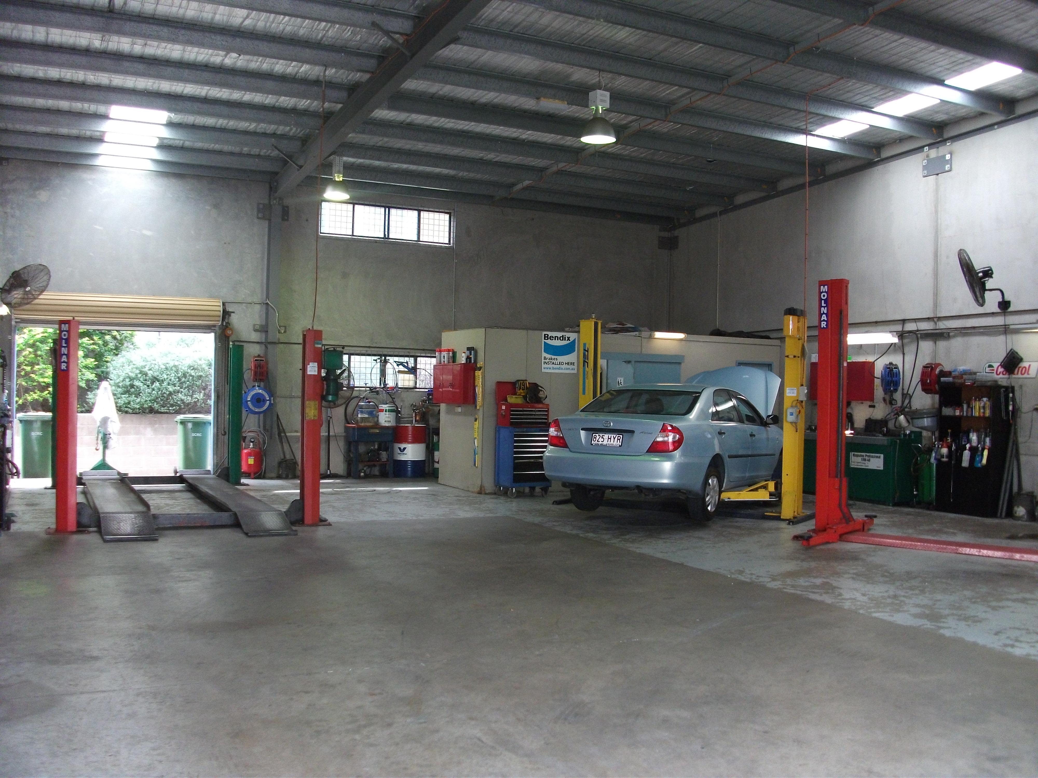 Sunshine Coast Car Servicing & Air Conditioning Business - Maroochydore.